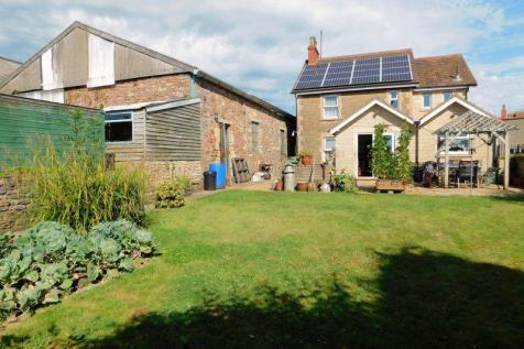 Locks Hill, Frome. 4 bedroom detached house
