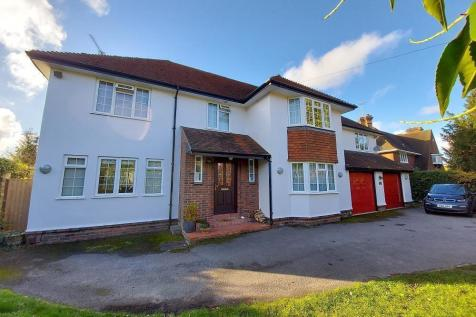 Upper Woodcote Road, Caversham Heights, Reading. 5 bedroom detached house for sale