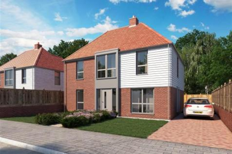 Willesborough Road, Kennington, Ashford. 4 bedroom detached house