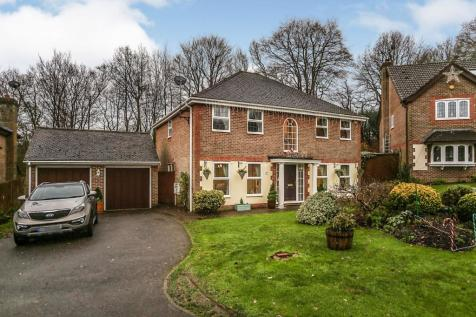Osborne Road, Crowborough. 5 bedroom detached house for sale