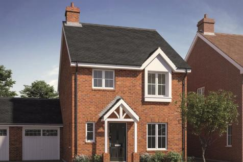 Walshes Road, Crowborough. 3 bedroom link detached house for sale