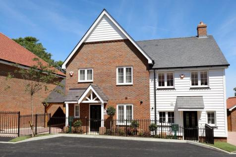 Walshes Road, Crowborough. 3 bedroom semi-detached house for sale