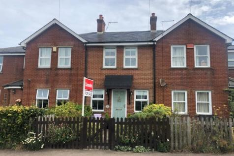 Chartham Downs Road, Chartham, Canterbury. 2 bedroom terraced house