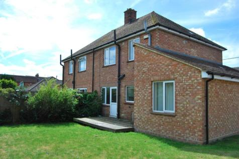 Ross Gardens, Rough Common, Canterbury. 6 bedroom semi-detached house