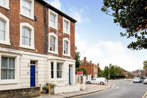 Monastery Street, Canterbury. 5 bedroom end of terrace house