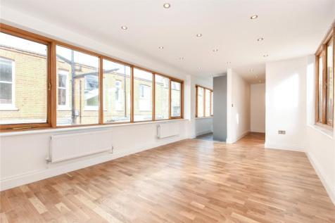 Perrin's Court, Hampstead, London, NW3. 2 bedroom apartment