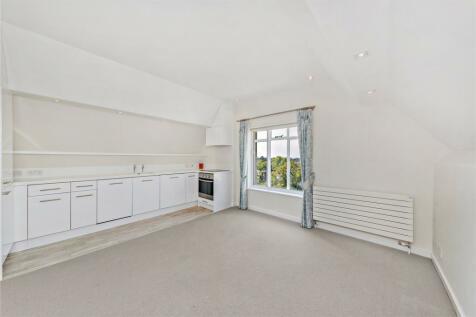 Campden House, 29 Sheffield Terrace, London, W8. 2 bedroom apartment