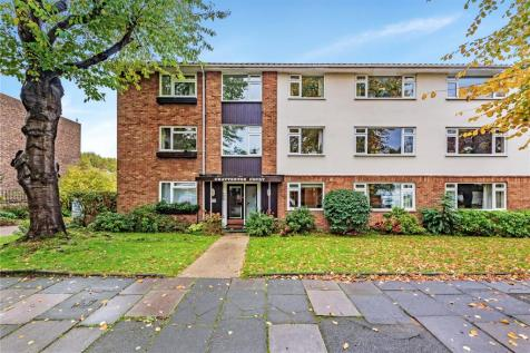 Chatterton Court, Eversfield Road, Richmond, Surrey, TW9. 1 bedroom apartment