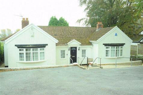 Derwen Fawr Road, Derwen Fawr, Sketty. 4 bedroom detached bungalow for sale