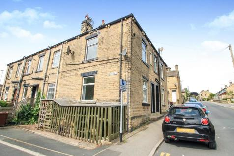 Sunfield, Stanningley, Pudsey. 1 bedroom end of terrace house