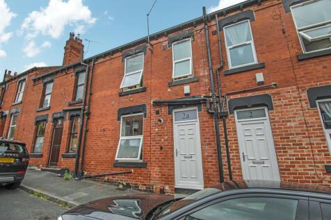 Highbury Street, Meanwood. 2 bedroom terraced house