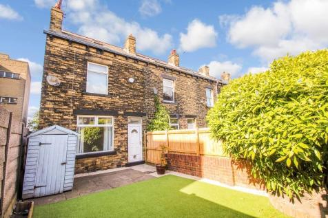 Broughton Terrace, Stanningley, Pudsey. 3 bedroom end of terrace house for sale