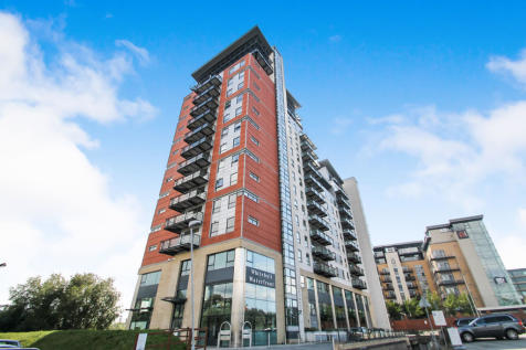 Whitehall Waterfront, Riverside Way, Leeds. 2 bedroom apartment for sale