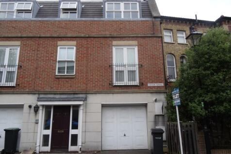 Queens Road, Gosport. 2 bedroom flat