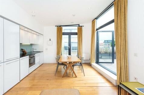 Bakers Row, London, EC1R. 2 bedroom apartment
