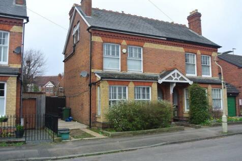 Sandhurst Road, Gloucester. 4 bedroom semi-detached house for sale
