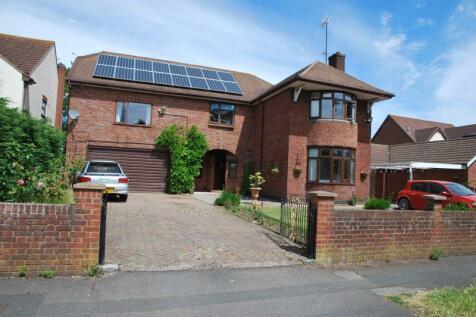 Estcourt Road, Gloucester. 5 bedroom detached house for sale