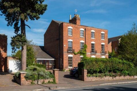Kingsholm Road, Gloucester. 5 bedroom semi-detached house for sale