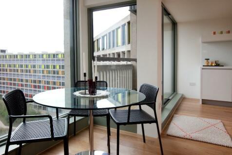 52 Hague Steet, Park Hill, Sheffield, S2 5PN. 1 bedroom duplex