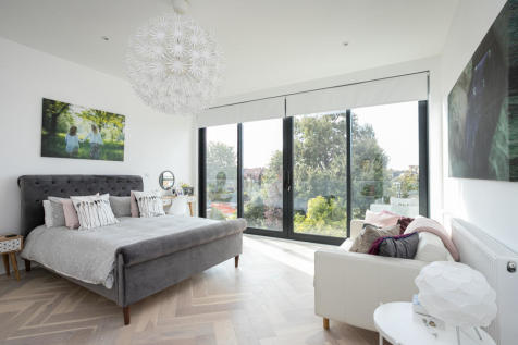 Wavertree Road, Streatham Hill. 5 bedroom semi-detached house for sale