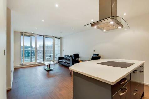 The Oxygen, Royal Victoria Dock, E16. 2 bedroom apartment