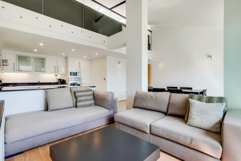 The Grainstore, Royal Victoria Dock, E16. 2 bedroom apartment for sale