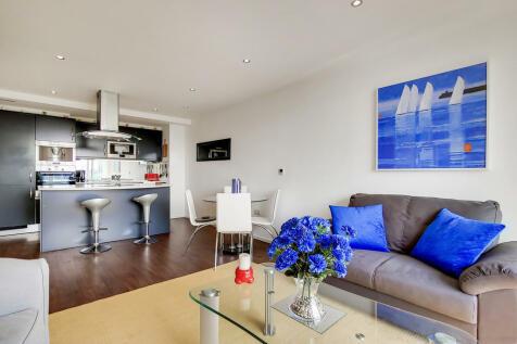 The Oxygen Apartments, Royal Victoria Dock, E16. 2 bedroom apartment