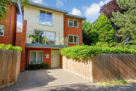 Hills Avenue, Cambridge. 4 bedroom detached house