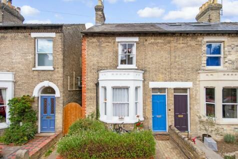 Emery Street, Cambridge. 3 bedroom end of terrace house
