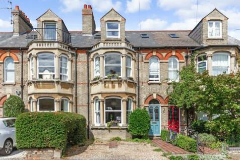 Hartington Grove, Cambridge. 5 bedroom town house