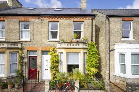 Marshall Road, Cambridge. 3 bedroom end of terrace house for sale