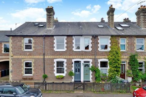New Road, Chilworth, Guildford GU4 8LP. 2 bedroom terraced house