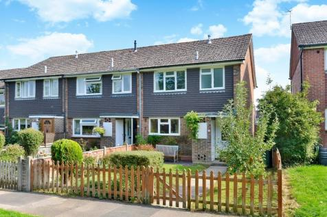 Hornhatch, Chilworth, Guildford GU4 8AZ. 3 bedroom end of terrace house