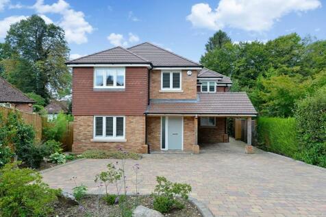 Grantley Close, Shalford, Guildford GU4 8DL. 3 bedroom detached house for sale