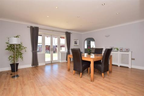 Radfall Road, Whitstable, Kent. 5 bedroom detached house for sale