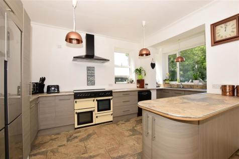 Northdown Hill, Broadstairs, Kent. 4 bedroom detached house for sale