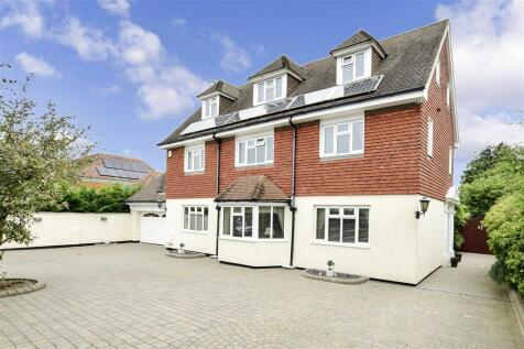 Godwyn Road, Folkestone, Kent. 5 bedroom detached house