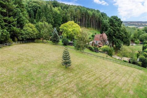 Ashford Road, Chartham, Canterbury, Kent. 6 bedroom detached house for sale