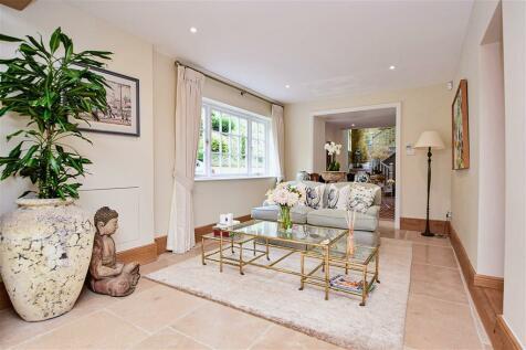 Ashford Road, Chartham, Canterbury, Kent. 6 bedroom detached house for sale