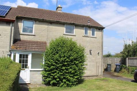 Dyers Close, Chippenham, Wiltshire. 3 bedroom house