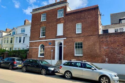 St Davids Hill, Exeter. 1 bedroom ground maisonette