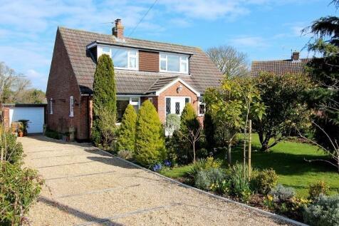 Barnes Close, Marnhull, Sturminster Newton, Dorset. DT10 1LL. 3 bedroom detached house