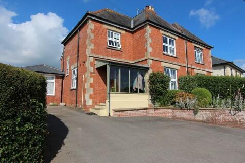Sackmore Lane, Marnhull, Sturminster Newton, Dorset. DT10 1PN. 3 bedroom semi-detached house