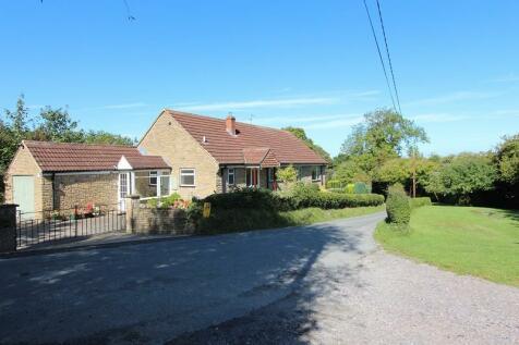 Purse Caundle, Sherborne, Dorset. DT9 5QZ. 3 bedroom detached house