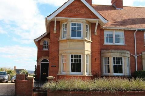 Bath Road, Sturminster Newton, Dorset. DT10 1DU. 3 bedroom semi-detached house