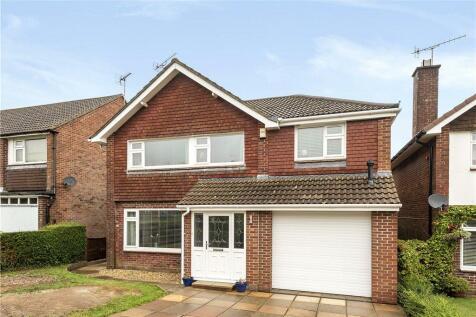 Weatherbury Way, Dorchester, Dorset. 4 bedroom detached house