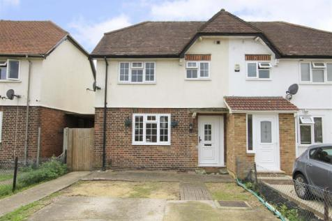 Collingwood Road, Hillingdon, UB8. 3 bedroom semi-detached house