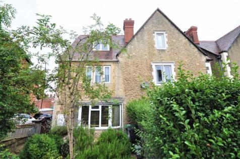 Bath Road. 4 bedroom semi-detached house