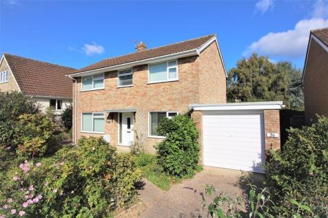 Helliers Close, Chard. 4 bedroom detached house