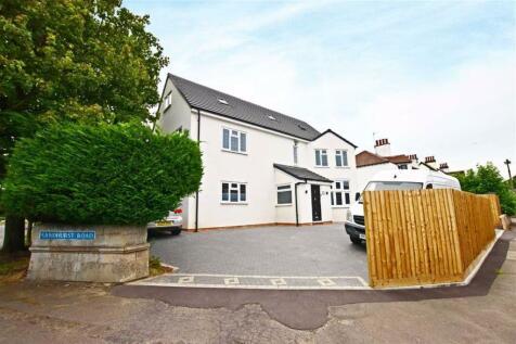 Sandhurst Road, Kingsholm. 5 bedroom detached house for sale